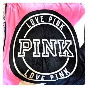 Love pink blankets